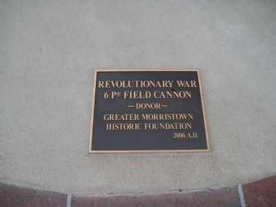 Plaque on Revolutionary War Cannon image. Click for full size.