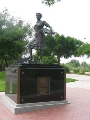 The Cannery Lady Monument (Facing East) image. Click for full size.
