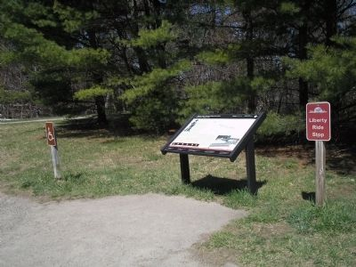 Marker in Minute Man Nat'l Hist Park image. Click for full size.