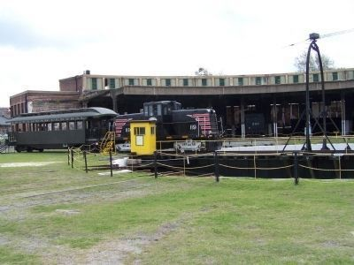 Central Of Georgia Railroad Roundhouse, complete with working turntable image. Click for full size.
