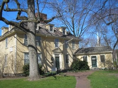 Buckman Tavern Photo, Click for full size