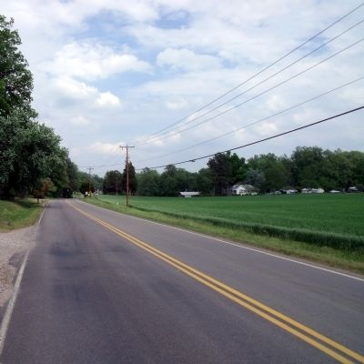 Darbytown Road (facing east). image. Click for full size.