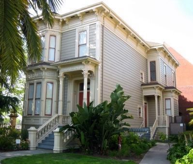 Elisha Higgins House (Constructed 1886) Photo, Click for full size
