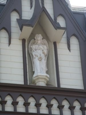 Statue Under Steeple image. Click for full size.