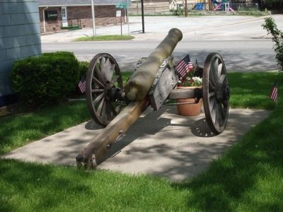 Rear View - - First:: Civil War Cannon image. Click for full size.