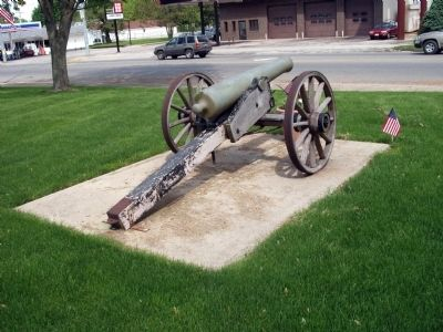 Right Rear - - Second:: Civil War Cannon image. Click for full size.