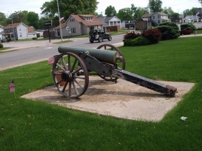 Left Rear - - Second:: Civil War Cannon image. Click for full size.