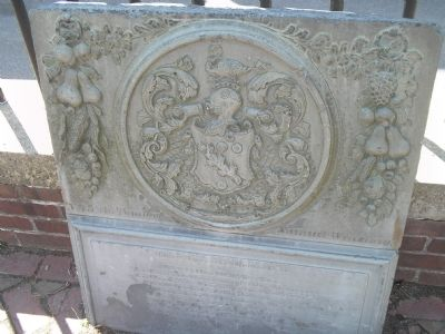 Gravestone with Coat-of-Arms Symbol image. Click for full size.