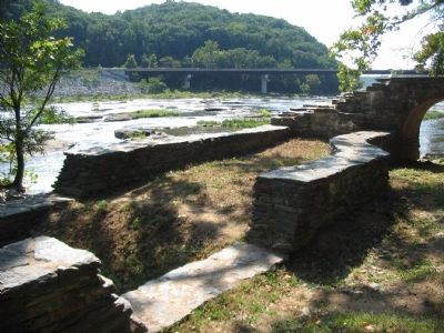Exterior Wall of the Head Gate and Dam Location image. Click for full size.