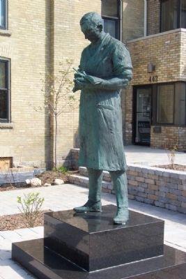patung Frederick Grant Banting