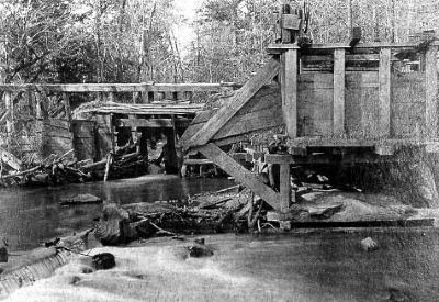 Gold Mine Sluice on Millwood image. Click for full size.