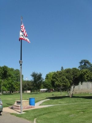 Modesto Pioneer Cemetery Marker and Flagpole image. Click for full size.