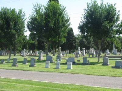 Modesto Pioneer Cemetery image. Click for full size.