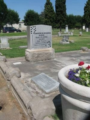 Andrew McGinnes Marker and Headstone Photo, Click for full size