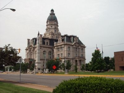 North / East Corner - - Vigo County Courthouse Photo, Click for full size