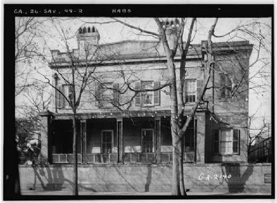 Old Sorrel–Weed House Bull Street Side Photo, Click for full size
