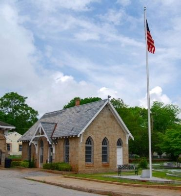 Old Silverbrook Veterans Memorial and Office image. Click for full size.