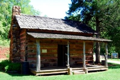 The Murphree-Hollingsworth Cabin image. Click for full size.