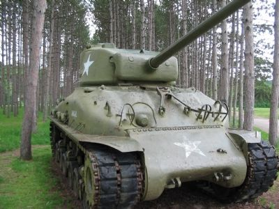 Front of M4A1(76)W General Sherman Tank image. Click for full size.