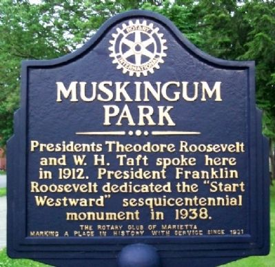 Muskingum Park Marker Photo, Click for full size