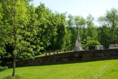 Campbell Cemetery and Stone Wall Photo, Click for full size