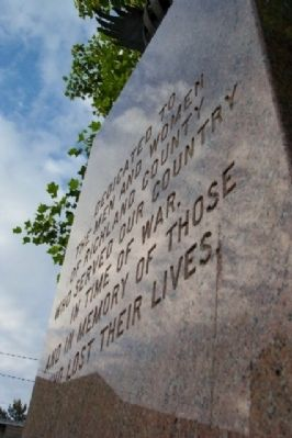 Richland County War Memorial image. Click for full size.