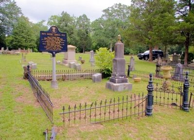 Rev. Henry Quigg, D.D. Marker and Gravesite image. Click for full size.