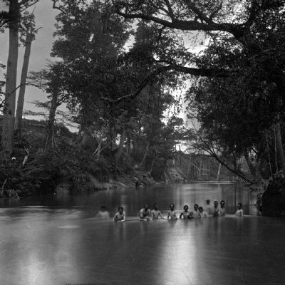 North Anna River, Virginia. Soldiers bathing. image. Click for full size.