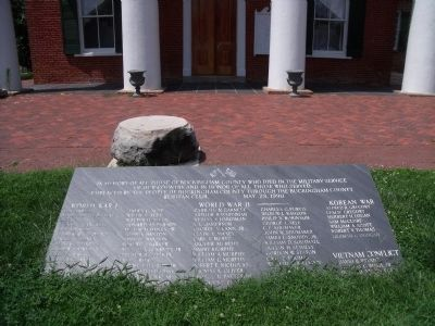 Buckingham County War Memorial image. Click for full size.