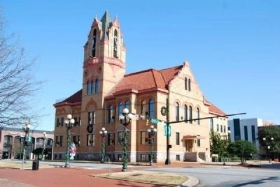 Third Anderson County Courthouse<br>Courthouse Square image, Click for more information