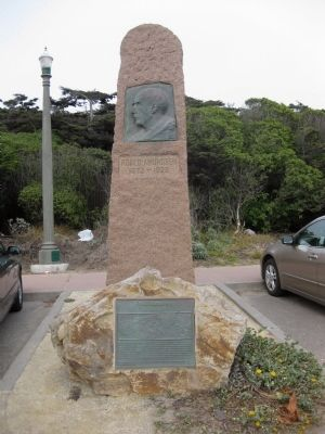 Roald Amundsen Marker and Bauta Photo, Click for full size