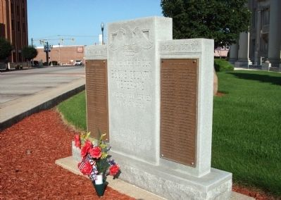 Other View - - Boone County (Indiana) Veterans Marker image. Click for full size.