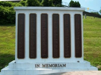 Mount Moor Cemetery Memorial image. Click for full size.