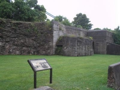 Marker at Fort Wadsworth image. Click for full size.
