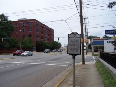 Marion Street Marker, looking east along Gervais St at Marion St. image. Click for full size.