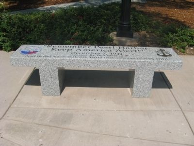 Pear Harbor Memorial Bench image. Click for full size.