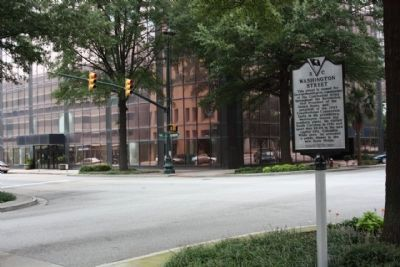 Washington Street Marker, looking north at intersection along Main St. image. Click for full size.