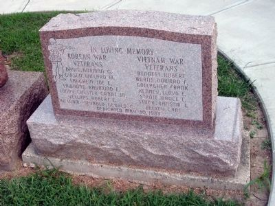 Front View - - Korean War & Vietnam War - - Veterans Marker image. Click for full size.