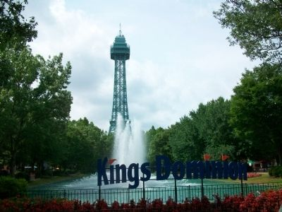 Entrance to Kings Dominion image. Click for full size.