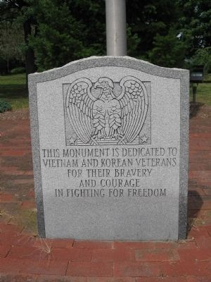 Seymour Veterans Monument image. Click for full size.