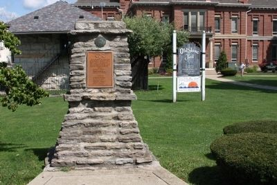 War Memorial on Courthouse Lawn Photo, Click for full size