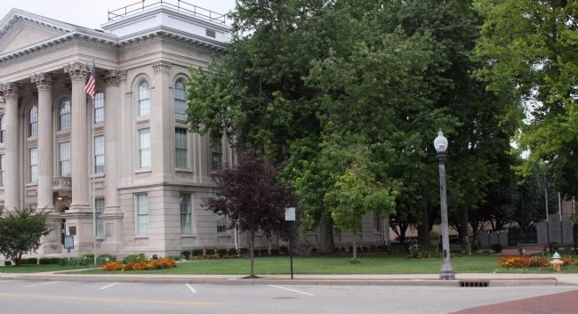 South East Corner of the Courthouse and Lawn image. Click for full size.