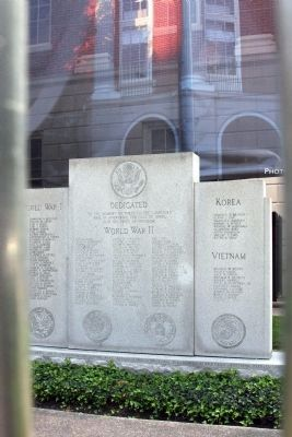 Full View - Jefferson County War Memorial image. Click for full size.