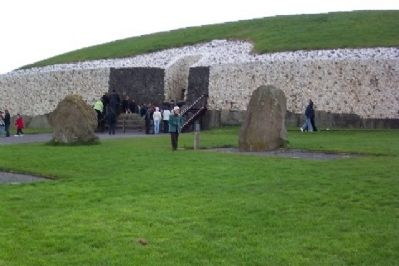 Entrance to Newgrange Passage Tomb image. Click for full size.