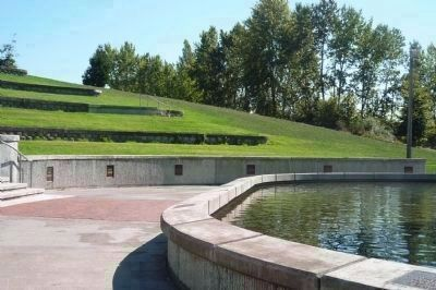 Martin Luther King, Jr. Memorial Park, lower tier promenade Photo, Click for full size