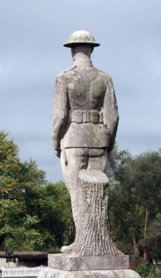 Left Rear - World War I Statue image. Click for full size.