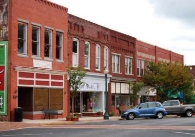 Laurens County Square -<br>East Side Photo, Click for full size
