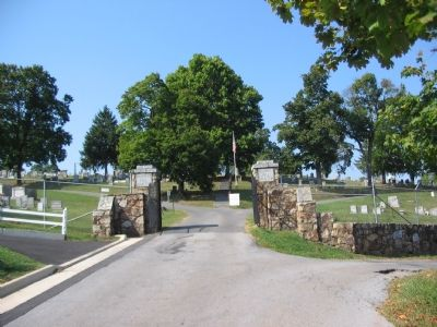 Entrance to Prospect Hill Cemetery image. Click for full size.