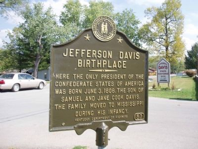 Jefferson Davis Birthplace - Looking East. image. Click for full size.