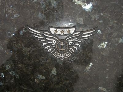 Close up of Air Crew Insignia Photo, Click for full size